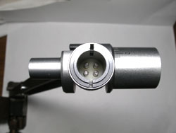 Detachable headshell plug in connector